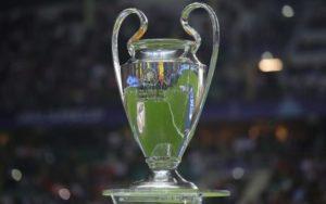 Spareggi Champions League 2018: l'Ajax supera la Dinamo Kiev, l'AEK vince in trasferta.